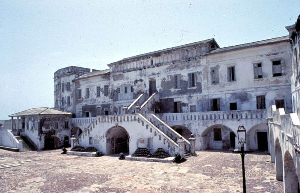 D004 - Cape Coast Castle, Ghana, 1986 - Hitchcock's site