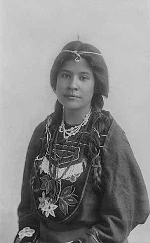 5557fbc04e24c7ed3b1a549f1377d8ec--american-women-american-indians