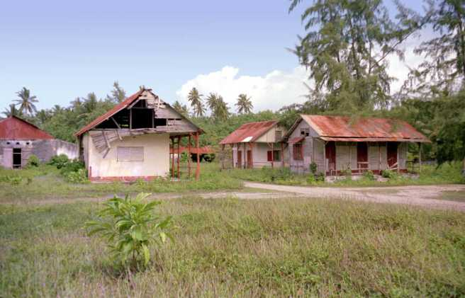 Diego_Garcia_Abandoned_Plantation