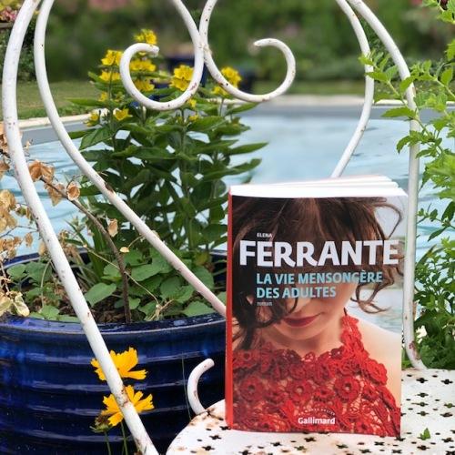 La vie mensongère des adultes Elena Ferrante Gallimard